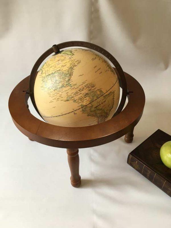 Globe base bois