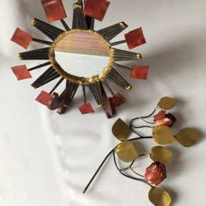 Miroir et roses métal