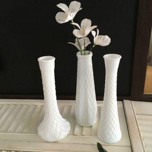 Trio vases soliflores milk glass diamants