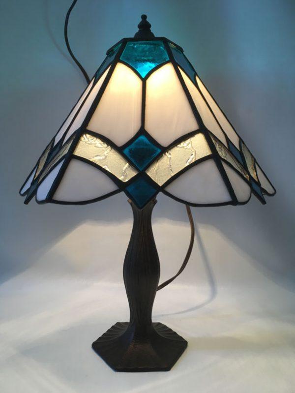 Lampe vitrail style Tiffany